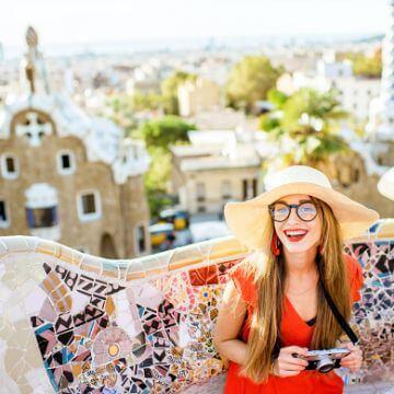 Mujer durante un tour privado con ForeverBarcelona